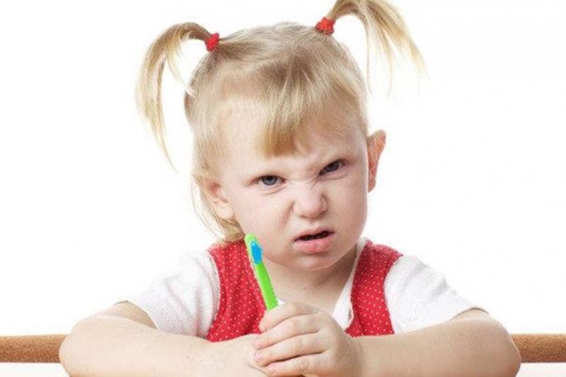 Trẻ hay nói leo, nói tục giáo viên cần sử dụng nhiều phương pháp để uốn nắn trẻ