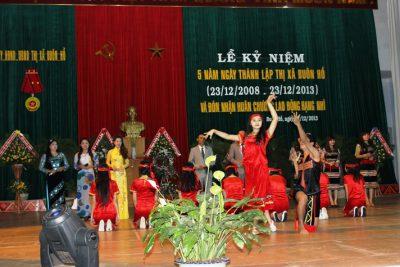 Tổ chức Lễ kỷ niệm 10 năm ngày thành lập thị xã Buôn Hồ