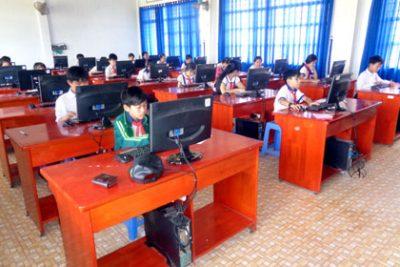 Hội thi tin học trẻ không chuyên dành cho học sinh Tiểu học và THCS cấp thị xã